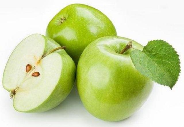 Jabłka na zapalenie żołądka: czy można jeść, wpływ na chorobę?