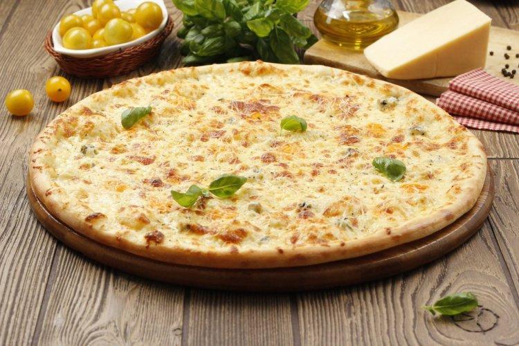 Nadzienie do pizzy z kiełbaskami myśliwskimi