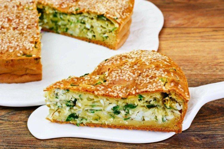 Ciasto z kapustą i ziołami w piekarniku - przepisy kulinarne