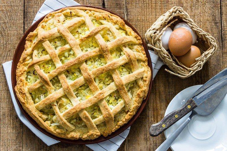 Prosty placek z kapusty w piekarniku - przepisy kulinarne