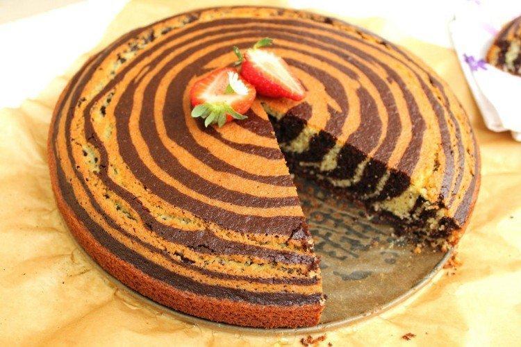 """Klasyczne ciasto kokosowe """"Zebra"""" - przepisy kulinarne"""