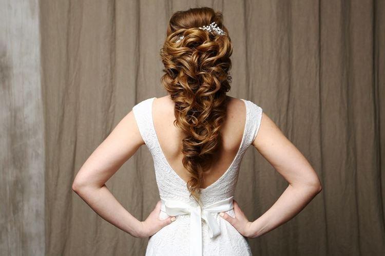 Kucyk - Fryzury ślubne na długie włosy