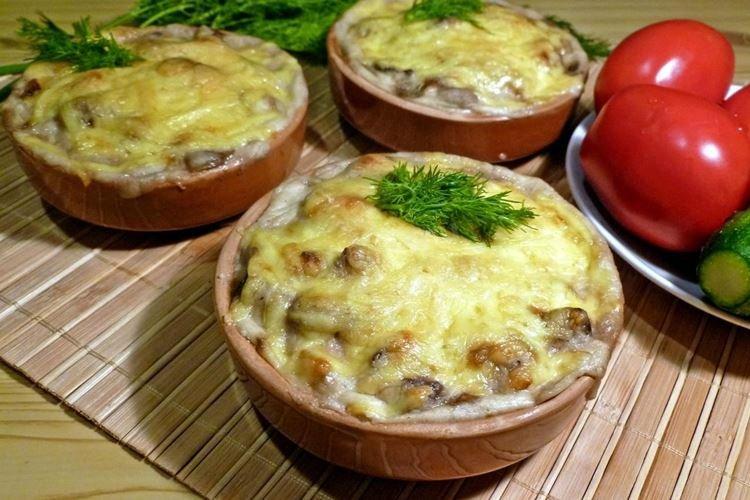 Julienne z pieczarkami z kurczaka i ziołami - przepisy kulinarne
